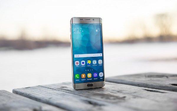 Samsung рекламирует Galaxy Note 9 в Сети через iPhone