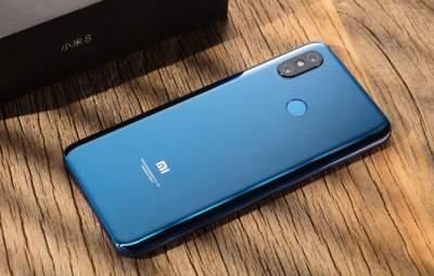 Xiaomi позволила властям шпионить за своими пользователями